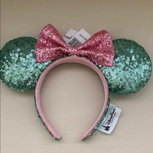 Authentic Disney sequined Minnie ears